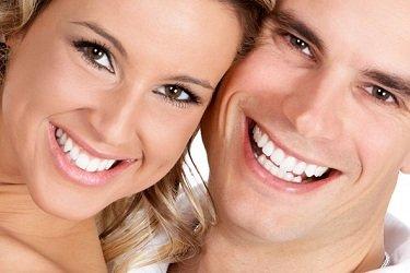 Piękne zęby czynią Cie szczęśliwszym.